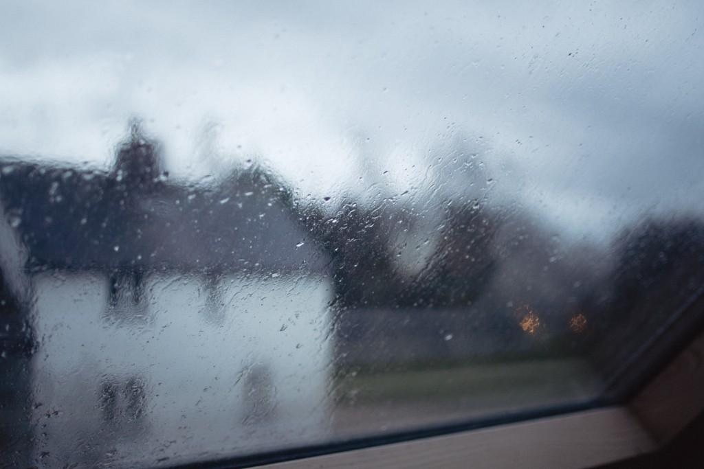 spiky window rain drop water sound designer